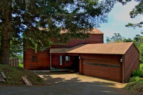 Mendocino Cabin Rental by Whale Song 3 Bd Vacation Rental In Mendocino Ca Vacasa