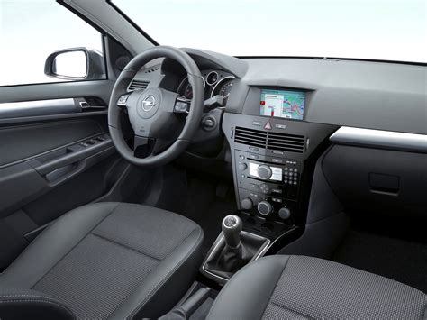 opel astra 2005 interior opel astra 5 doors specs 2004 2005 2006 2007