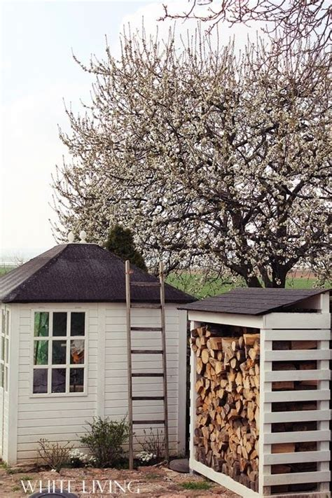 holzschuppen ideen die besten 25 brennholzlagerung ideen auf