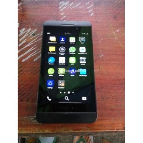 Hp Bb Z10 Batangan harga blackberry z10 batangan blackberry bb z10 4g hp only