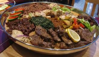 File eritrean platter at london restaurant jpg wikimedia commons