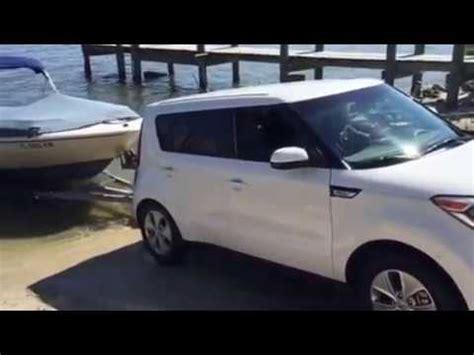 youtube soul boat 2016 kia soul towing pulling boat youtube