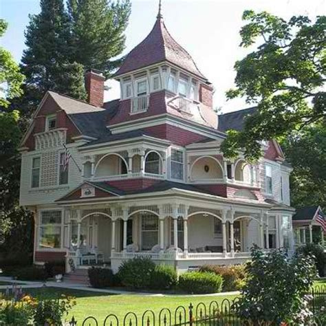 porches wrap around porches and victorian on pinterest victorian wraparound porch wraparound porches