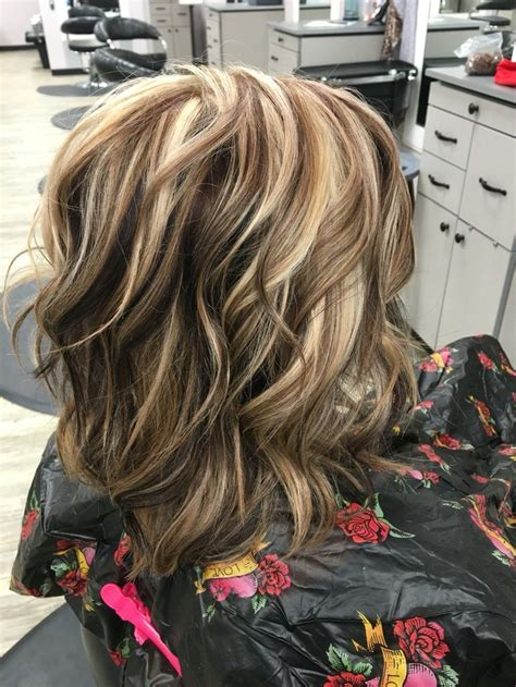 hairstyles with thick highlights 168 best images about hairstyles on pinterest chunky
