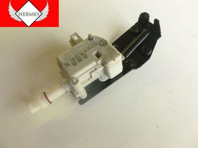 Actuator 1 Position Bed 2000 audi tt mk1 8n fuel filler door solenoid actuator position motor 3b0959782 hermes