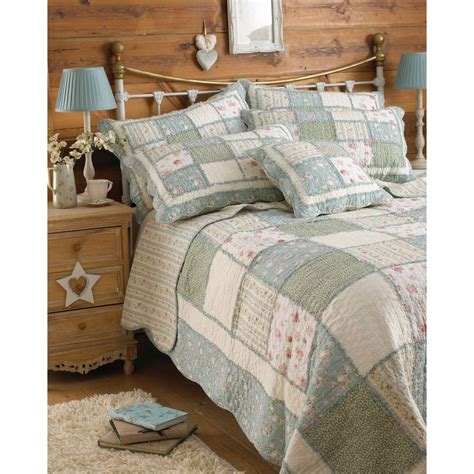 Patchwork Bedspreads Uk - riva paoletti lavandou green country patchwork bedspread
