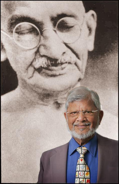 biography of arun gandhi book arun gandhi to speak gandhi s be magazine