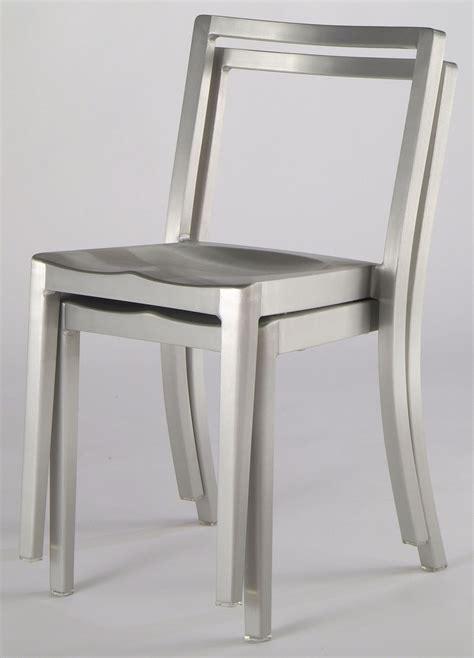 sedie alluminio design scopri sedia icon chair alluminio opaco di emeco made in
