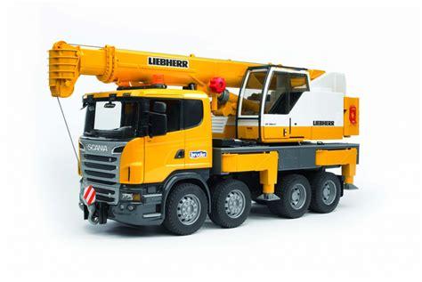 bruder trucks scania r serie liebherr hijskraan 03570 bruder profi