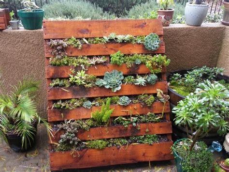 10 Beautiful Pallet Garden Ideas   Roots Nursery : Roots
