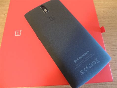 Oneplus 3 Ueu Sandstone Gold has anyone else noticed a difference in the colour of the