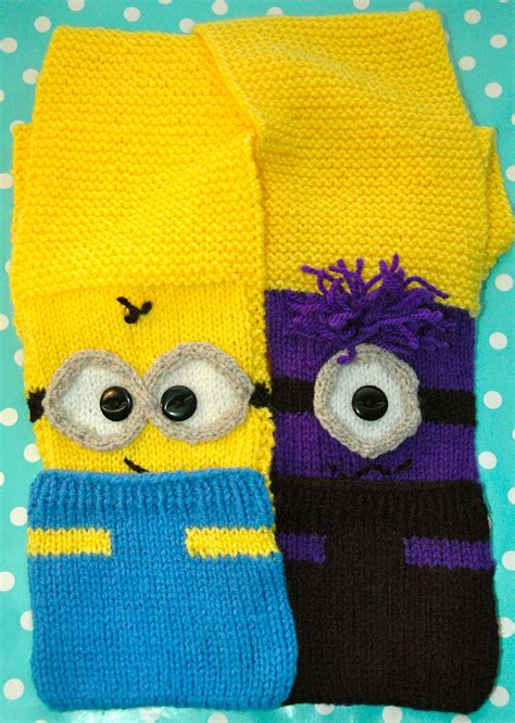 minion knitting pattern dk knitting pattern minion style scarf looks like