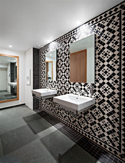 victorian bathroom wall tiles bathroom wall using victorian style geometric tiles