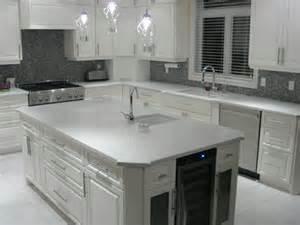 comptoir de cuisine quartz blanc obasinc