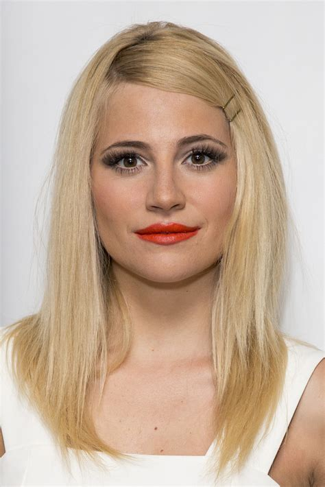 Eyeshadow Pixy No 1 pixie lott with no makeup mugeek vidalondon