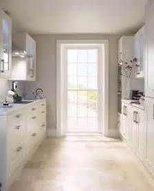 Best Small Kitchen Ideas by How To Make A Small Kitchen Look Bigger