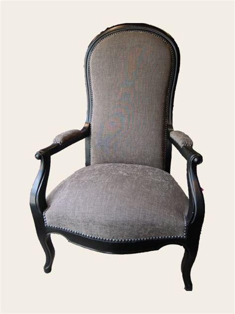 fauteuil voltaire simon j 233 gou artisan tapissier 224 nantes voltaire dans un style un peu plus classique que le