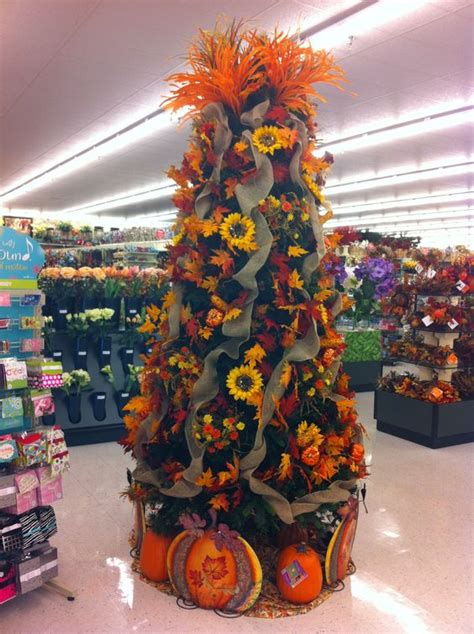 Hobby Lobby Tree Decorations - fall tree at hobby lobby fall ideas fall