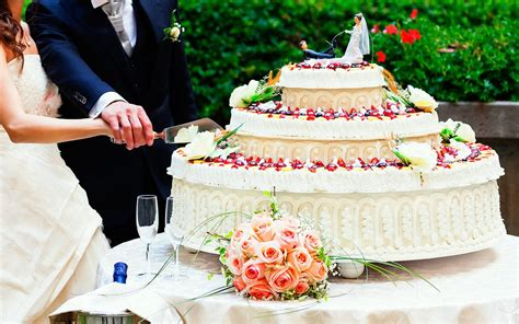 Wedding Cake Options by Wedding Cake Options