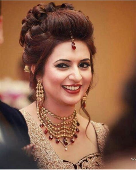 hairstyle for long face in pakistan latest wedding hairstyles for bridals 2017