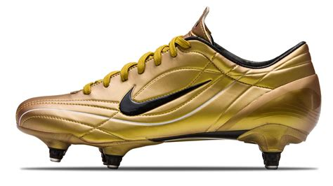 ronaldo shoes for all nike mercurial boots worn by cristiano ronaldo footy
