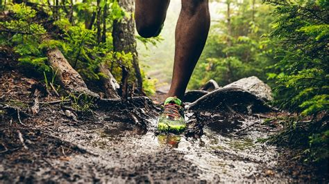 us running routes trails groups events and races feeling anxious research shows trail running benefits