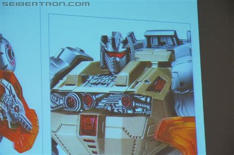 transformers theme room by hasbro in hilton hotel in peru sdcc 2012 coverage hasbro panel gallery transformers