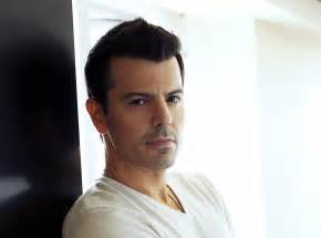 Boy band star jordan knight set to perform solo in nyc saturday 171 cbs