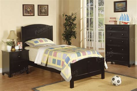 youth twin bedroom sets twin bed wooden bed youth furniture showroom categories poundex associated corporation