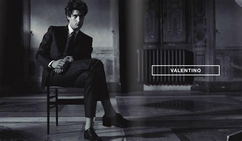 valentino uomo new valentino uomo luxury retail