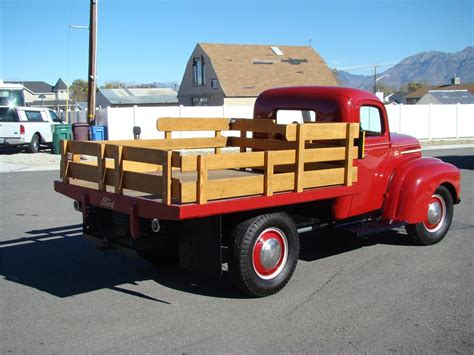 1947 FORD 1 TON FLATBED TRUCK   81872