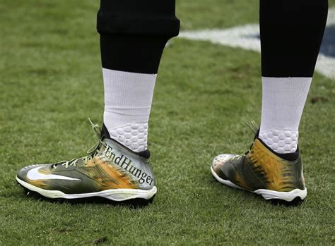 football player shoes photos nfl players allowed to wear unique shoes