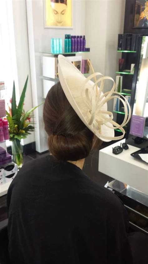 Wedding Hairstyles Updos With Fascinators by Updo With Fascinator Hairstyles Fascinator
