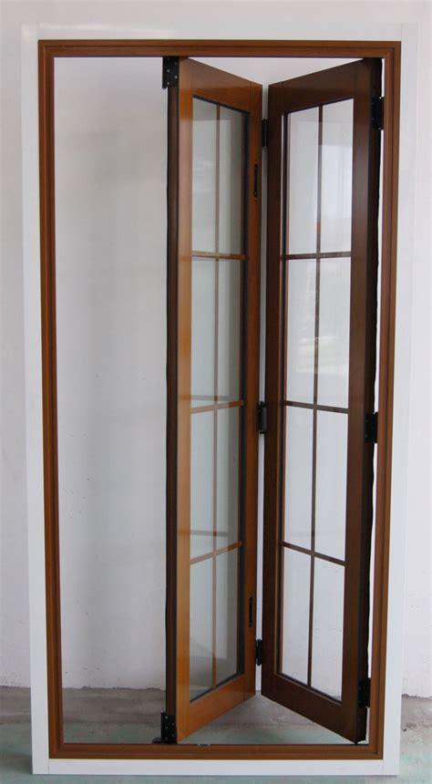 Closet Accordion Doors And Maple Bifold Doors Western Cedar Garage Door Pocket Door Images Frompo