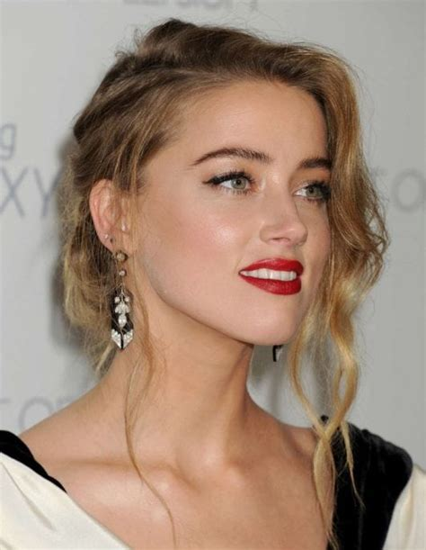 actress in aquaman 2018 50 hottest amber heard pictures sexy near nude images