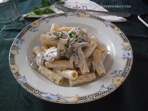 pasta con panna da cucina pasta con la panna e funghi chignon