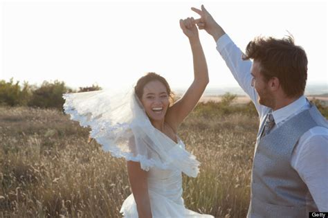 A Wedding Playlist: Twelve Amazing Alternative First Dance
