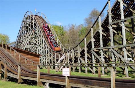 theme park warrington gullivers half price family ticket 2017 season