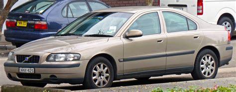 volvo sedan file 2000 2004 volvo s60 sedan 01 jpg