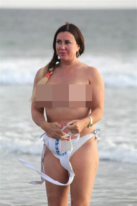 celeb topless photos latest celeb gossip lisa appleton risks jail by going