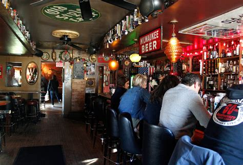 top bars in milwaukee the best beer bars in milwaukee