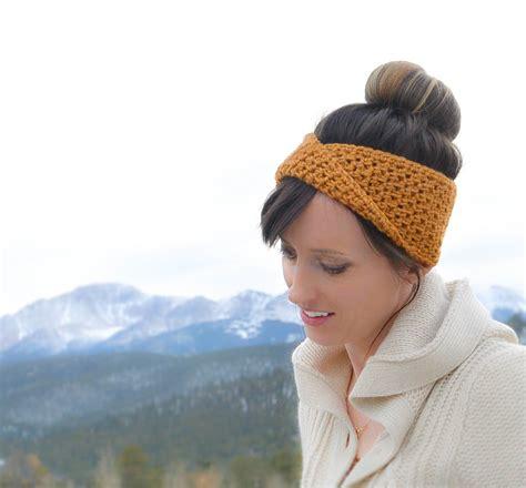 how to knit a headband with a twist golden fave twist headband free crochet pattern