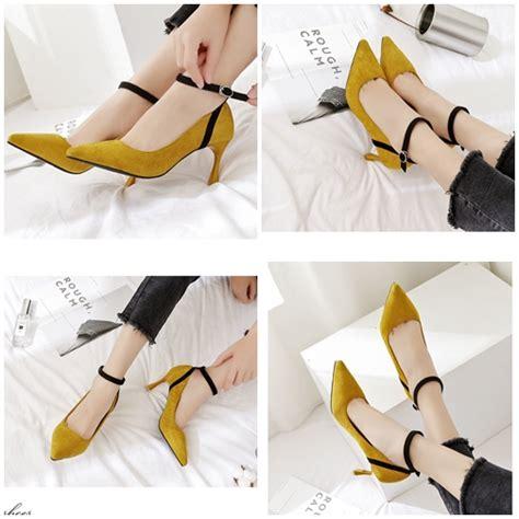 Sendal Sepatu Wanita High Heels Gold 7cm jual shh85521 yellow sepatu heels suede import 7cm
