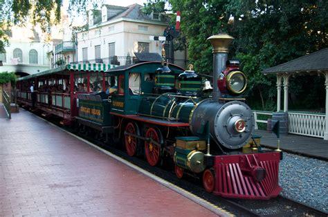 Backyard Trains File Disneyland Railroad Ep Ripley A Jpg Wikimedia Commons