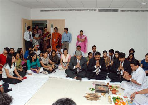 Mba In Amity In Kolkata by Amity Kolkata