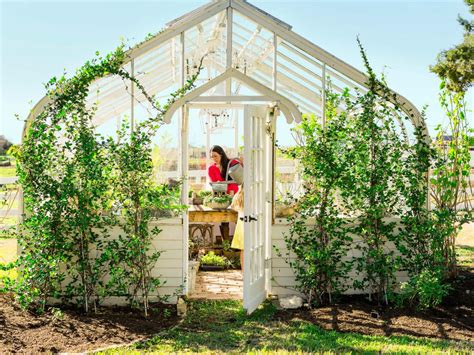 Joanna Gaines Greenhouse | photo page hgtv