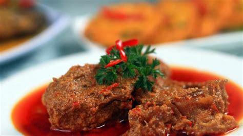 Rendang Kering Rendang Kaleyo Rendang Daging Khas Minang rendang pad thai kari massaman dan 7 makanan terbaik di dunia versi cnn travel tribuntravel