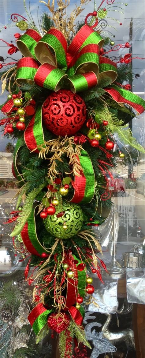 red gold  green christmas teardrop  pictures