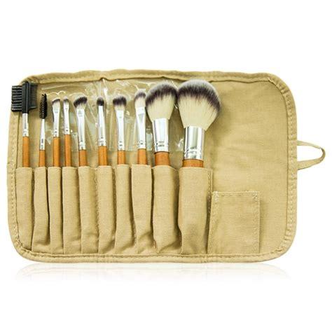 Harga Brush Kit Mineral Botanica sudah tahu makeup brush kece dari brand lokal ini