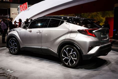 Superb Sports Car Repair #9: Toyota-chr-2617-001.jpg